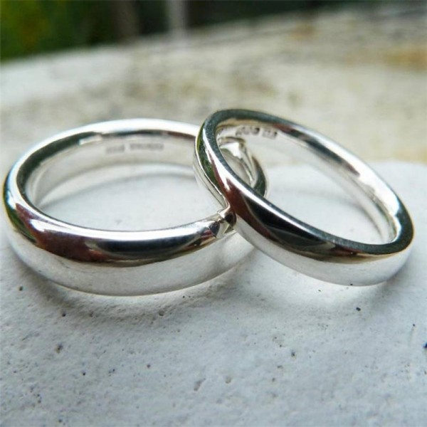 Silver Comfort Fit Wedding Personalised Ring Set - AMAZINGNECKLACE.COM