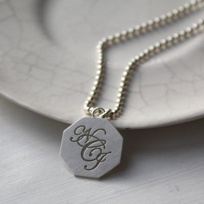 Silver Monogram Personalised Necklace - AMAZINGNECKLACE.COM