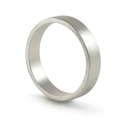 Silver Wedding Band Personalised Ring Hand Forged Flat Fit - AMAZINGNECKLACE.COM