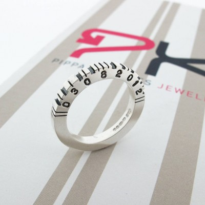 Thick Square Silver Barcode Personalised Ring - AMAZINGNECKLACE.COM