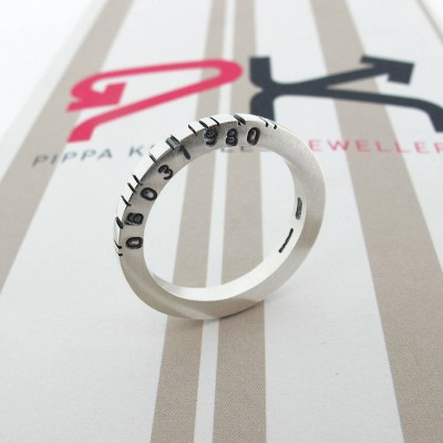 Thin Square Silver Barcode Personalised Ring - AMAZINGNECKLACE.COM