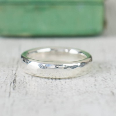 Unisex Hammered Sterling Silver Personalised Ring - AMAZINGNECKLACE.COM