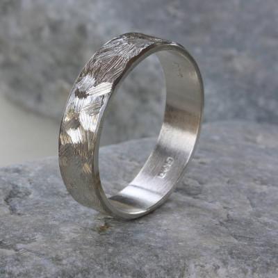 Handmade Unisex Textured Silver Band Personalised Ring - AMAZINGNECKLACE.COM