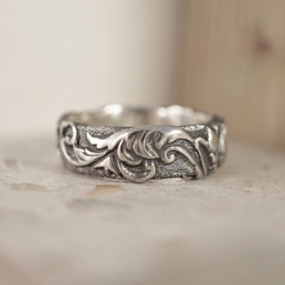 Victorian Scroll Personalised Ring - AMAZINGNECKLACE.COM