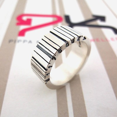 Wide Silver Barcode Personalised Ring - AMAZINGNECKLACE.COM