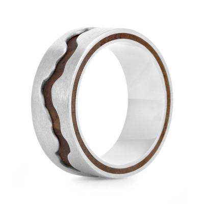 Wood Personalised Ring Livlina - AMAZINGNECKLACE.COM